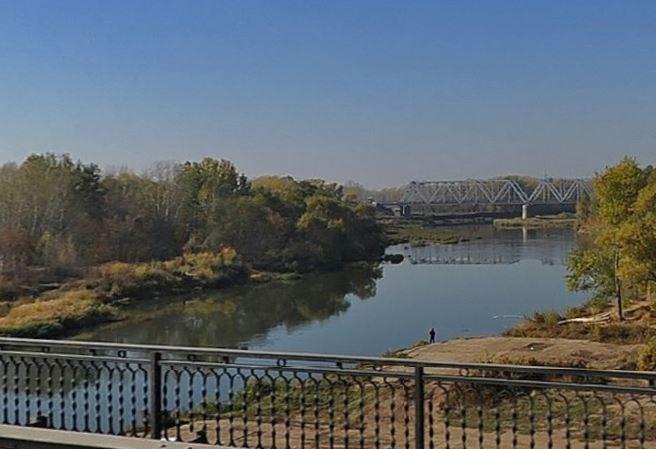 Железнодорожный мост через р. Урал