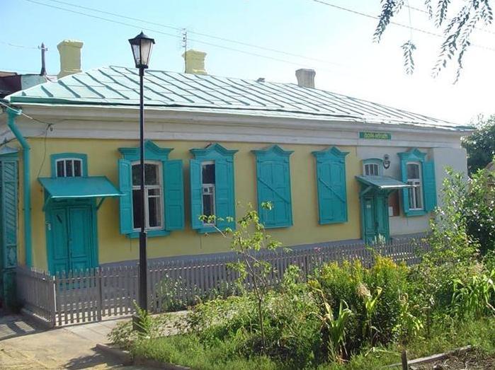 Мемориальный музей-квартира семьи Ростроповичей